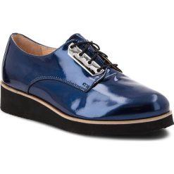 Oxfordy EKSBUT - 28-5226-F65-1G Granat. Niebieskie jazzówki damskie Eksbut, z lakierowanej skóry. W wyprzedaży za 219,00 zł.