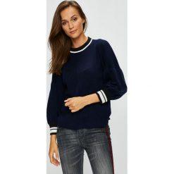 Swetry klasyczne damskie: Silvian Heach - Sweter