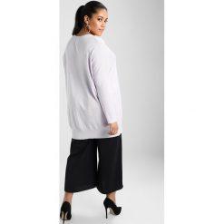 Swetry klasyczne damskie: Zizzi OCARRIE  Sweter lavender