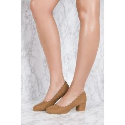Czółenka: NA-KD Shoes Czółenka z wycinanymi brzegami – Brown