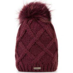 Czapka damska 87-HF-020-2. Czerwone czapki zimowe damskie marki Wittchen, na zimę, z dzianiny. Za 139,00 zł.