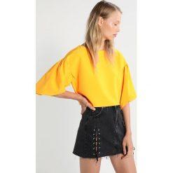 Bluzki asymetryczne: Topshop STRUCTRED Bluzka orange