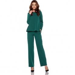Zestaw w kolorze ciemnozielonym - bluzka, spodnie. Brązowe spodnie z wysokim stanem marki Lemoniade, z klasycznym kołnierzykiem. Za 239,95 zł.