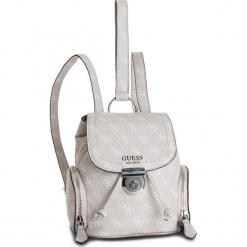 Plecak GUESS - HWSY71 79310 STONE. Brązowe plecaki damskie Guess, z aplikacjami, ze skóry ekologicznej, klasyczne. Za 589,00 zł.