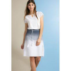 Spódniczki: Prążkowana spódnica z wiązaniem