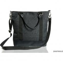 Czarna miejska torebka na ramię gruby materiał. Czarne torebki worki Pakamera, z materiału. Za 179,00 zł.