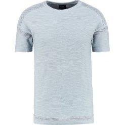 Black Kaviar SNOHO Tshirt z nadrukiem slate. Niebieskie koszulki polo marki Tiffosi. W wyprzedaży za 186,45 zł.