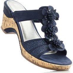Klapki bonprix ciemnoniebieski. Niebieskie klapki damskie bonprix, na platformie. Za 149,99 zł.