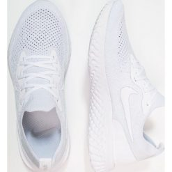 Nike Performance EPIC REACT FLYKNIT Obuwie do biegania treningowe true white/white/pure platinum. Czarne buty do biegania damskie marki Nike Performance, z materiału. Za 629,00 zł.