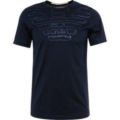 Emporio Armani Tshirt z nadrukiem navy/aquila. Szare t-shirty męskie z nadrukiem marki Emporio Armani, l, z bawełny, z kapturem. Za 449,00 zł.