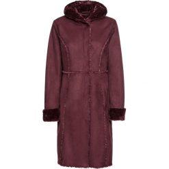 Płaszcz ze sztucznego futerka owczego bonprix czerwony klonowy. Czerwone płaszcze damskie bonprix. Za 269,99 zł.