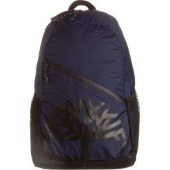 Plecak w kolorze granatowym - 32 x 49,5 x 16,5 cm. Niebieskie plecaki męskie Timberland. W wyprzedaży za 109,95 zł.