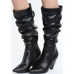 Czarne Matowe Kozaki Good Memories. Czarne buty zimowe damskie Born2be, przed kolano, na niskim obcasie. Za 169,99 zł.