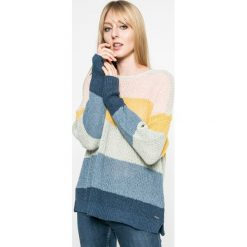Pepe Jeans - Sweter Sia. Szare swetry klasyczne damskie Pepe Jeans, m, z bawełny, z okrągłym kołnierzem. W wyprzedaży za 219,90 zł.