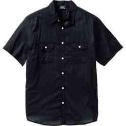 Koszula z krótkim rękawem bonprix czarny. Białe koszule męskie na spinki marki bonprix, z klasycznym kołnierzykiem, z długim rękawem. Za 54,99 zł.