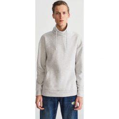 Bluza z kominowym kołnierzem - Jasny szar. Niebieskie bluzy męskie rozpinane marki Reserved. Za 99,99 zł.