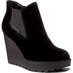 Botki CALVIN KLEIN JEANS - Sydney Velvet R0596 Black. Czarne botki damskie na obcasie marki Calvin Klein Jeans, z jeansu. W wyprzedaży za 289,00 zł.