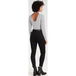 Noisy May NMLEXI  Jeansy Slim Fit black. Czarne jeansy damskie marki Noisy May, z bawełny. W wyprzedaży za 143,20 zł.