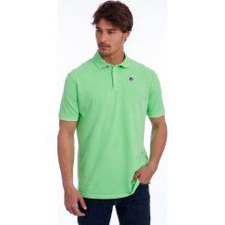 Koszulka polo w kolorze zielonym. Zielone koszulki polo Polo Club, s, z haftami, z bawełny, z krótkim rękawem. W wyprzedaży za 84,95 zł.