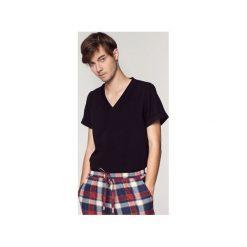 Męski czarny T-shirt. Czarne t-shirty męskie SOVL, l, z bawełny. Za 119,00 zł.