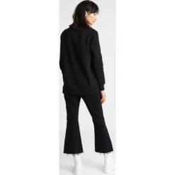 Calvin Klein Jeans Bluza black/yellow. Czarne bluzy damskie Calvin Klein Jeans, xs, z bawełny. Za 419,00 zł.