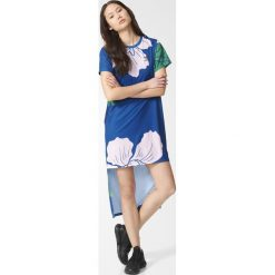 Sukienka adidas Floral Engraving Long (AZ6321). Niebieskie sukienki Adidas, z materiału, marine. Za 99,99 zł.
