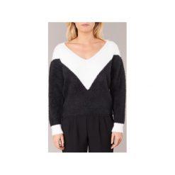 Swetry Moony Mood  -. Czarne swetry klasyczne damskie Moony Mood, l. Za 119,20 zł.