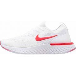 Nike Performance EPIC REACT FLYKNIT Obuwie do biegania treningowe white/university red/pure platinum. Białe buty do biegania damskie Nike Performance, z materiału. W wyprzedaży za 411,75 zł.
