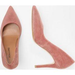 Pura Lopez Szpilki velvet nude. Różowe szpilki Pura Lopez, z materiału. Za 899,00 zł.