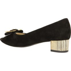 CZÓŁENKA CASU 040. Czarne buty ślubne damskie Casu, na koturnie. Za 159,99 zł.