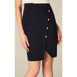 Spódniczki: Ołówkowa spódnica z ozdobnymi guzikami – Niebieski