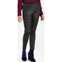 Spodnie dresowe damskie: Nümph LEUCAENA Spodnie treningowe caviar