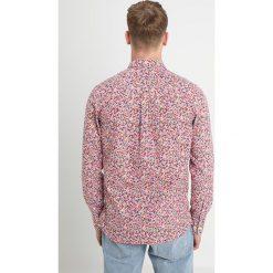 Knowledge Cotton Apparel FLOWER PRINTED Koszula malaga. Czerwone koszule męskie na spinki Knowledge Cotton Apparel, m, z bawełny. Za 419,00 zł.