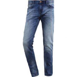 TOM TAILOR DENIM Jeansy Slim Fit light stone wash denim. Niebieskie rurki męskie marki Tiffosi. Za 209,00 zł.