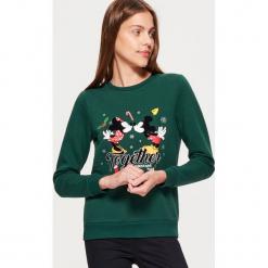 Świąteczna bluza MICKEY MOUSE - Khaki. Brązowe bluzy damskie marki Cropp, l, z motywem z bajki. Za 89,99 zł.
