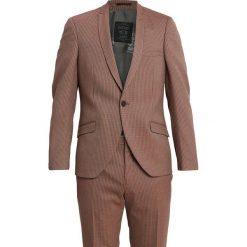 Shelby & Sons LIVINGSTON SUIT SLIM FIT Garnitur brown. Brązowe garnitury Shelby & Sons, z elastanu. Za 839,00 zł.
