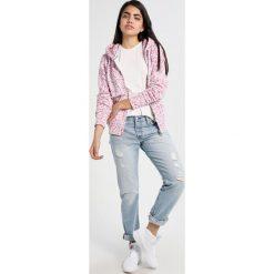 Superdry LABEL ZIPHOOD Bluza rozpinana ice marl/pink bloom. Czerwone bluzy rozpinane damskie marki Superdry, m, z bawełny. W wyprzedaży za 350,10 zł.