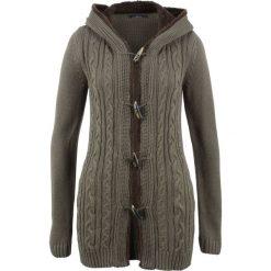 Sweter rozpinany z guzikami kołkami bonprix ciemnooliwkowy. Zielone kardigany damskie marki bonprix. Za 149,99 zł.