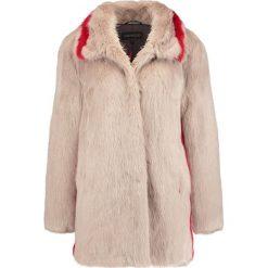 Płaszcze damskie pastelowe: Oakwood Płaszcz zimowy beige