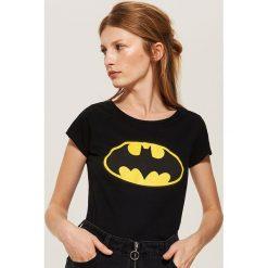 T-shirt Batman - Czarny. Czarne t-shirty damskie House, l, z motywem z bajki. Za 29,99 zł.