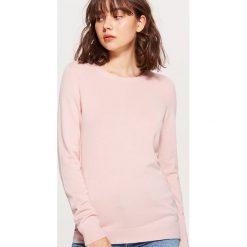 Gładki sweter - Kremowy. Białe swetry klasyczne damskie marki Cropp, l. W wyprzedaży za 29,99 zł.