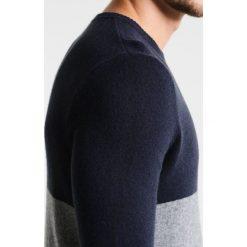 Swetry klasyczne męskie: Sisley Sweter dark grey