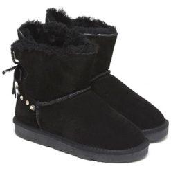 Skórzaen botki w kolorze czarnym. Czarne buty zimowe damskie Carla Samuel, na zimę. W wyprzedaży za 279,95 zł.
