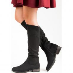 KLASYCZNE KOZAKI NA PŁASKIM OBCASIE. Szare buty zimowe damskie Super Mode, na płaskiej podeszwie. Za 115,00 zł.