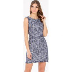 Odzież damska: Sukienka z elegancką koronką