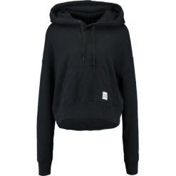 Bluzy rozpinane damskie: Converse ESSENTIALS CROPPED HOODIE  Bluza z kapturem black