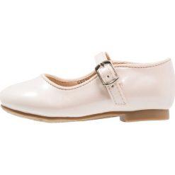 Next MARY JANE BRIDESMAID SHOES YOUNGER GIRLS Baleriny z zapięciem pink. Białe baleriny dziewczęce marki Next, z materiału. Za 129,00 zł.
