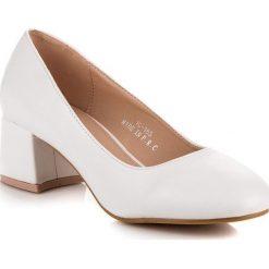 Buty ślubne damskie: Białe czółenka na niskim obcasie RENDA białe