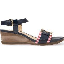 Sandały GEOX D MARYKARMEN. Niebieskie sandały damskie Geox, ze skóry. Za 299,90 zł.