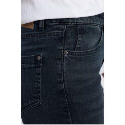 Medicine - Jeansy Work In Progress. Niebieskie jeansy damskie MEDICINE, z bawełny. W wyprzedaży za 69,90 zł.